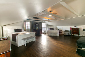 Double Queen Bed Loft Picture 1